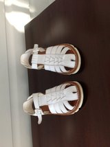 Girls White Leather Sandals (enclosed toe) size 10.5 in Chicago, Illinois